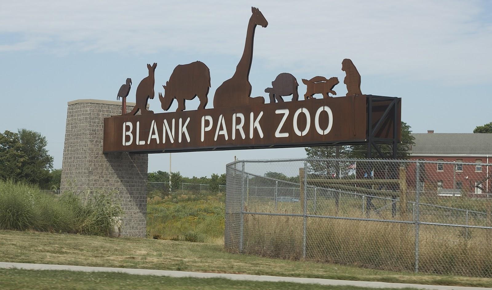 Blank Park Zoo | White Gold