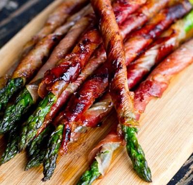 Prosciutto Wrapped Asparagus #paleodiet #thanksgiving