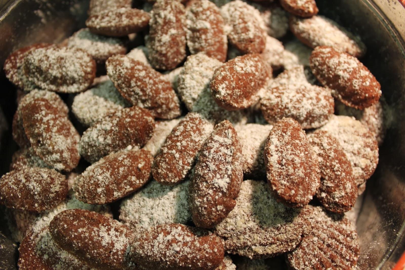My Grandmother's Christmas Cookies: Medvědí Tlapky (Bear's