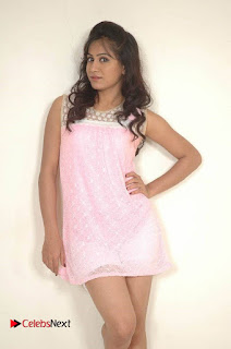 Manoj Nandam Smitika Acharya starring Ye Rojaithe Chusano Movie Stills  0003.jpg