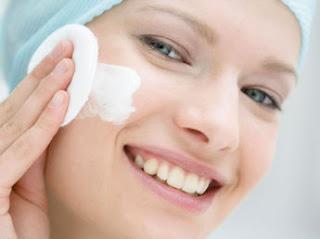 se-laver-le-visage-correctement