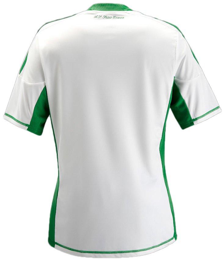 951e152d88 A Classic Football Shirts possui a maior coleção de camisas internacionais  de futebol. A loja faz entregas no mundo todo e usando o cupom
