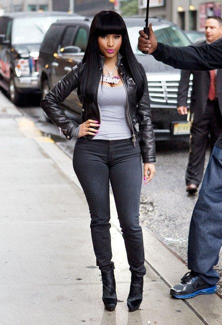 Celebrity Gossip Nicki Minaj In Jeans