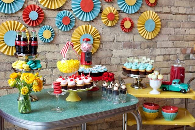 CandyBar Años 50 con Toques Pop.