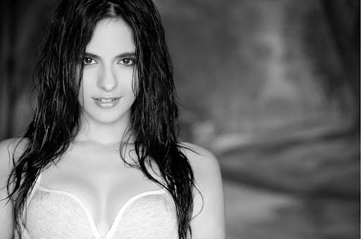 Gallery Cleavage Jennifer Kotwal  nude (75 foto), Twitter, see through