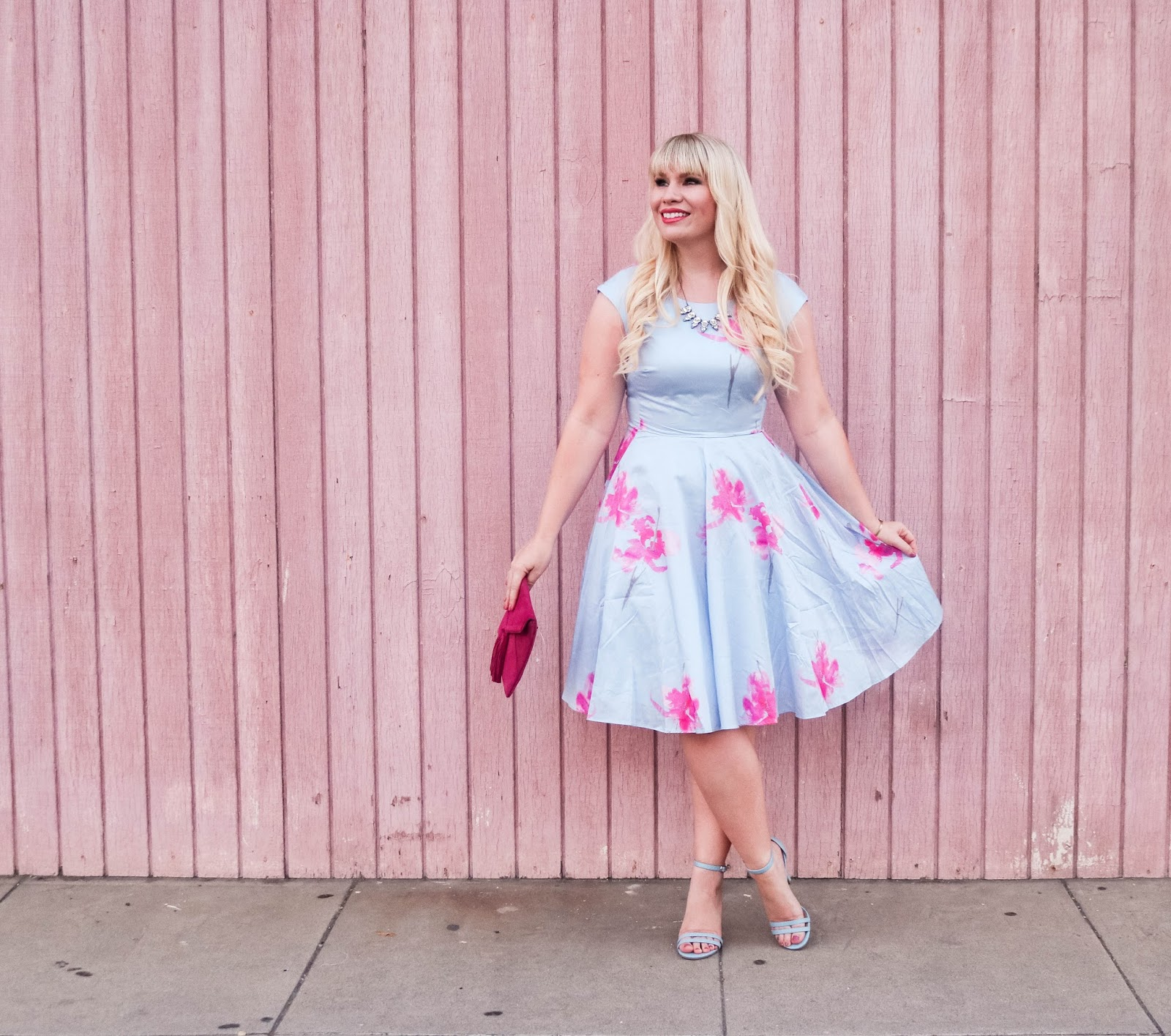 5 Reasons Why I Love Wearing Dresses