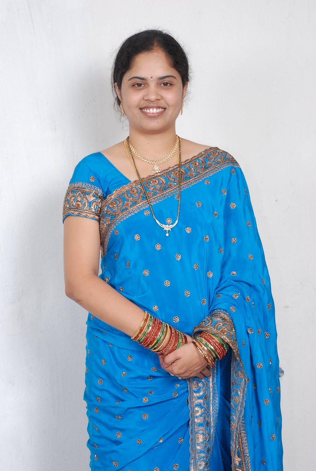 Andhamina Bhamalu : Indian Aunties Uuu