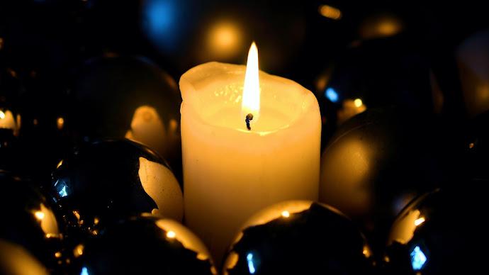 Wallpaper: Christmas Candlelight