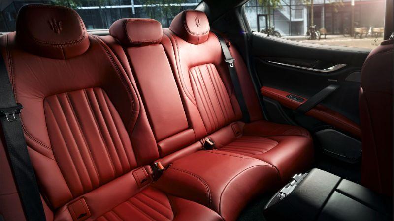 Dimensioni degli interni di Maserati Ghibli