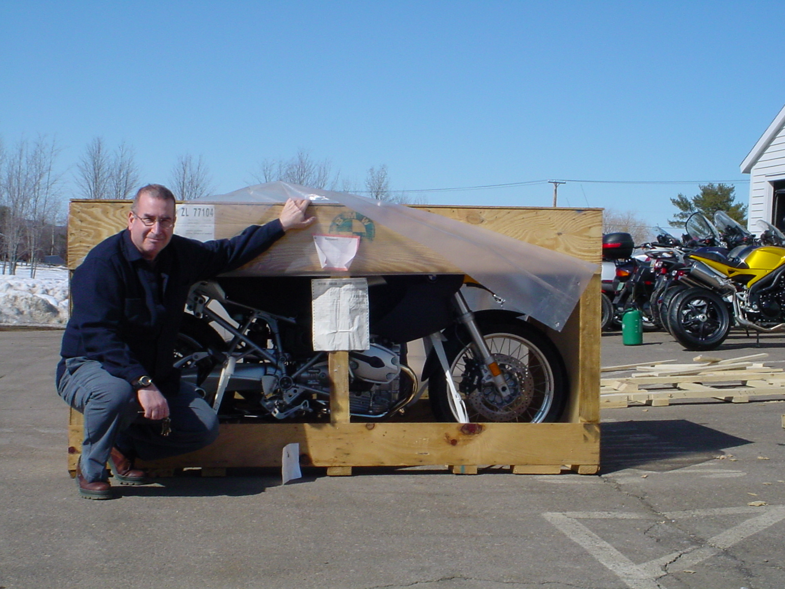 2005 BMW R1200 GS crated (inferior YELLOW) version