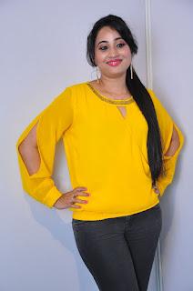 Anchor Ashwini Sharma Stills in Jeans at Love Cheyyala Vadda Movie Audio Launch  0020