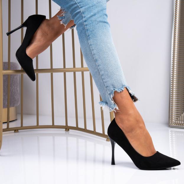 Pantofi eleganti cu toc inalt Stiletto negri in piele intoarsa ecologica ieftini