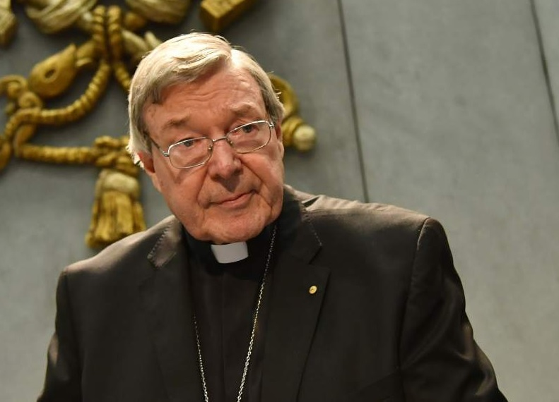 ESCANDALO!!: Acusan de pederastia al responsable de finanzas del Vaticano