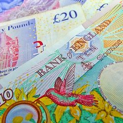 British Pound To US Dollar Exchange Rate Trends Near Highs Despite Slightly Underwhelming UK Pay Data