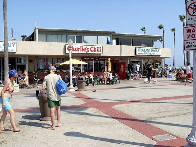 Compras no Pier de Newport Beach