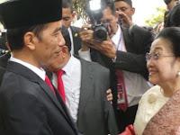 Kebalik, Petugas Partai kok 'Lantik' Ketua Partainya? Netizen: Wajar, Kan Emaknya