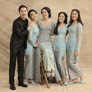 Kebaya Pesta Simple 2017