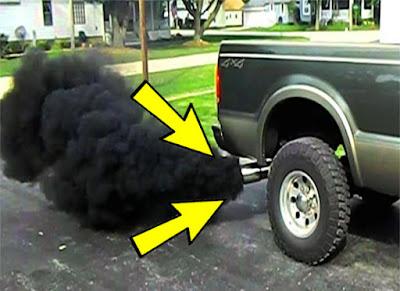 أهم أسباب ظهور الدخان الأسود في العادم