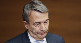 Juez de ética de la FIFA inhabilita por un año al alemán Wolfgang
