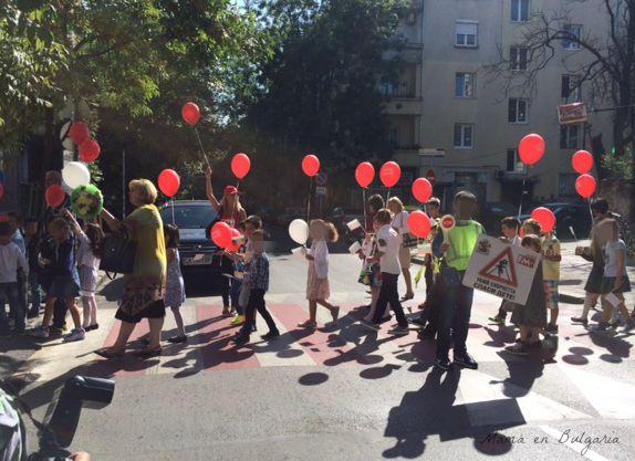 cruzar la calle, Bulgaria, colegio
