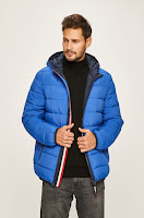 Geaca din colectia Tommy Jeans