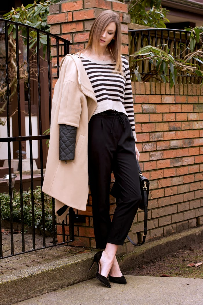 Vancouver Fashion Blogger, Alison Hutchinson, is wearing a striped H&M Top, Black Zara dress pants with elastic drawstring waist, black zara pumps, a kate spade bag and a tiffany heart necklace