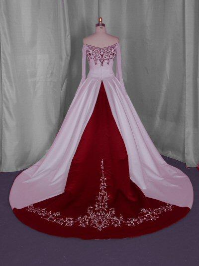 Musings of a bride: CHRISTMAS THEMED WEDDING: BRIDAL DRESS