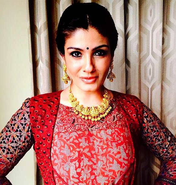 Raveena Tandon Designer Gold Necklace And Earrings