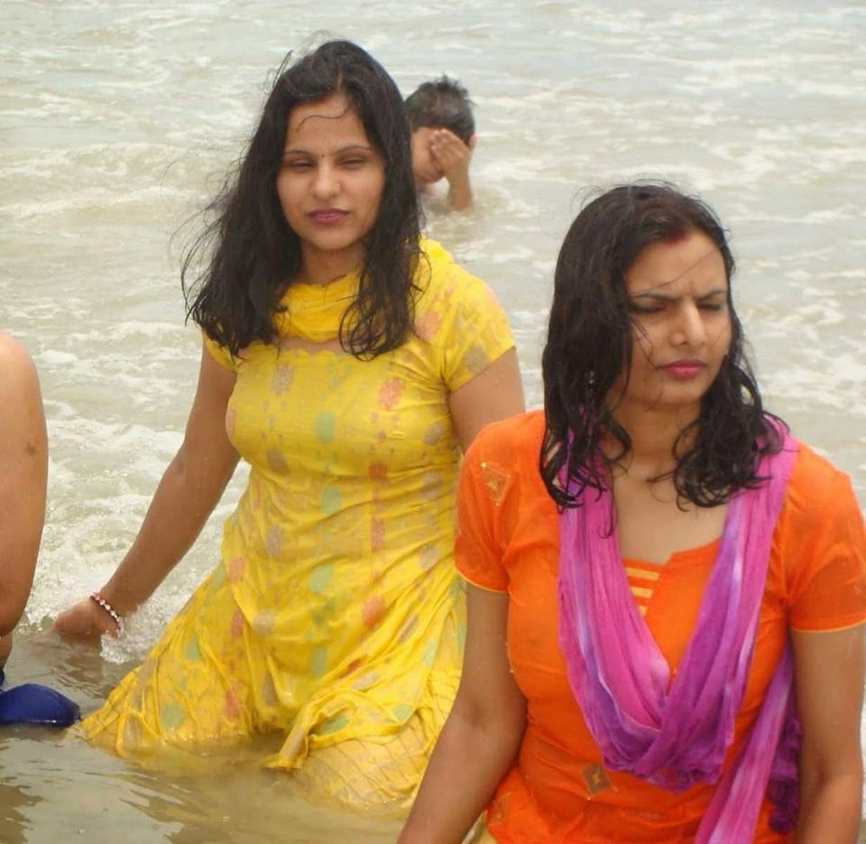 Desi Girls Bathing In River Hd Photos - Beautiful Desi -4023