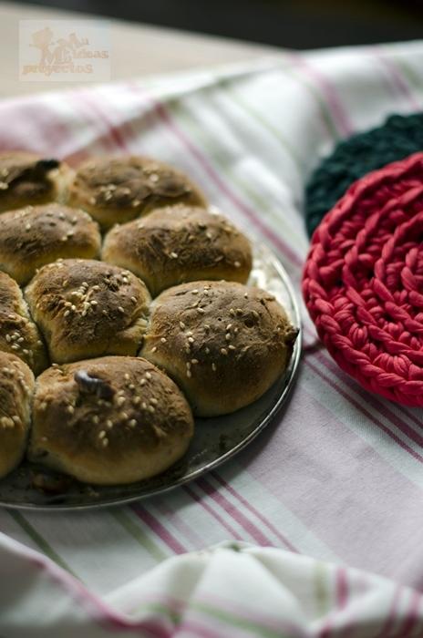 panecillos-nueces-pimenton-queso1