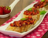Bruschetta de Morango (vegana)