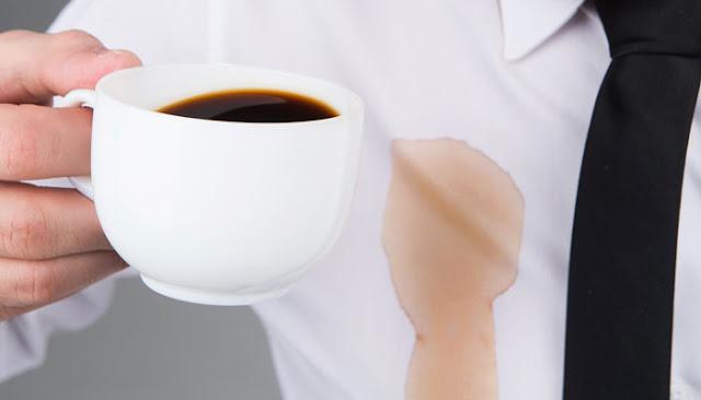 cara membersihkan noda kopi dan teh pada pakaian anda