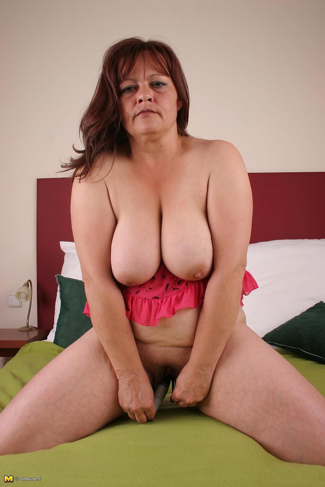 Mom Solo Porn