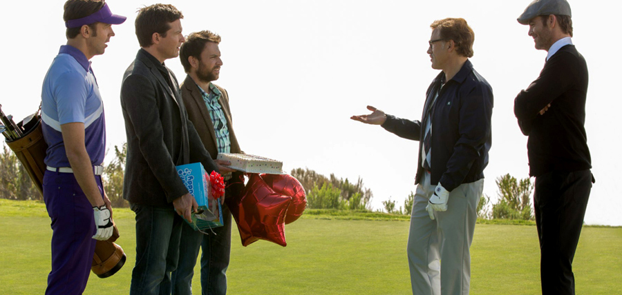 Jason Bateman, Charlie Day, Jason Sudeikis, Christopher Waltz şi Chris Pine în Horrible Bosses 2