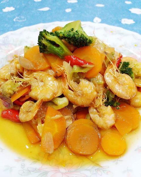 Resep Masakan Udang Pedas : resep, masakan, udang, pedas, Resep, Tumis, Udang, Pedas, Manis, Dengan, Bumbu, Sederhana, Bunda