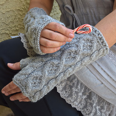 https://www.etsy.com/listing/384405620/knit-arm-warmers-light-gray-romantic?ref=shop_home_active_30