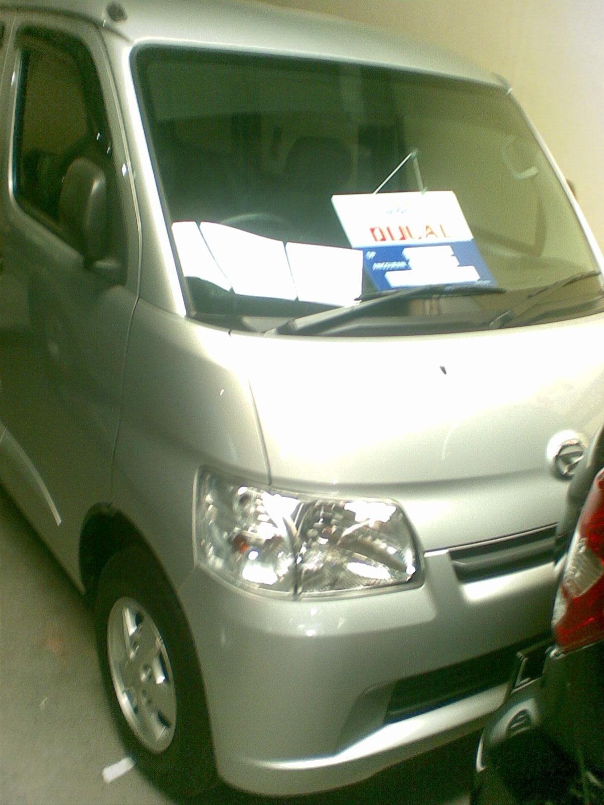 jual beli kredit mobil bekas murah jual mobil bekas daihatsu gran max 1 3 d silver m t surabaya. Black Bedroom Furniture Sets. Home Design Ideas
