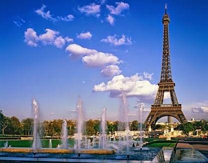 Menara Eiffel Tetap Menjadi Tempat Wisata di Prancis yang Kebanjiran Turis