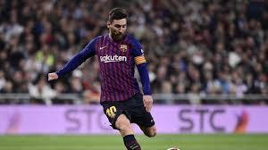 Gelandang Muda Barcelona Kehabisan Kata-Kata Puji Messi