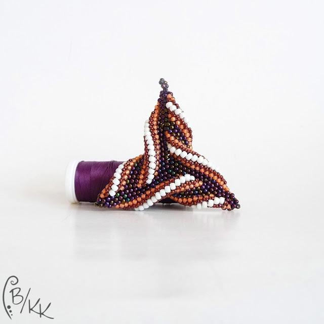 beadingowy wisiorek trójkąt peyote | peyote triangle pendant