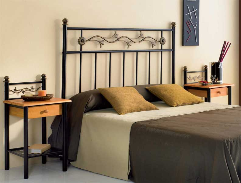 Muebles de forja cabeceros forja combinados en dorado y negro - Cabeceros en forja ...