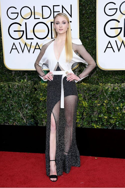 Sophie Turner Wear Black-and-White Sheer Dress At 2017 Golden Globes