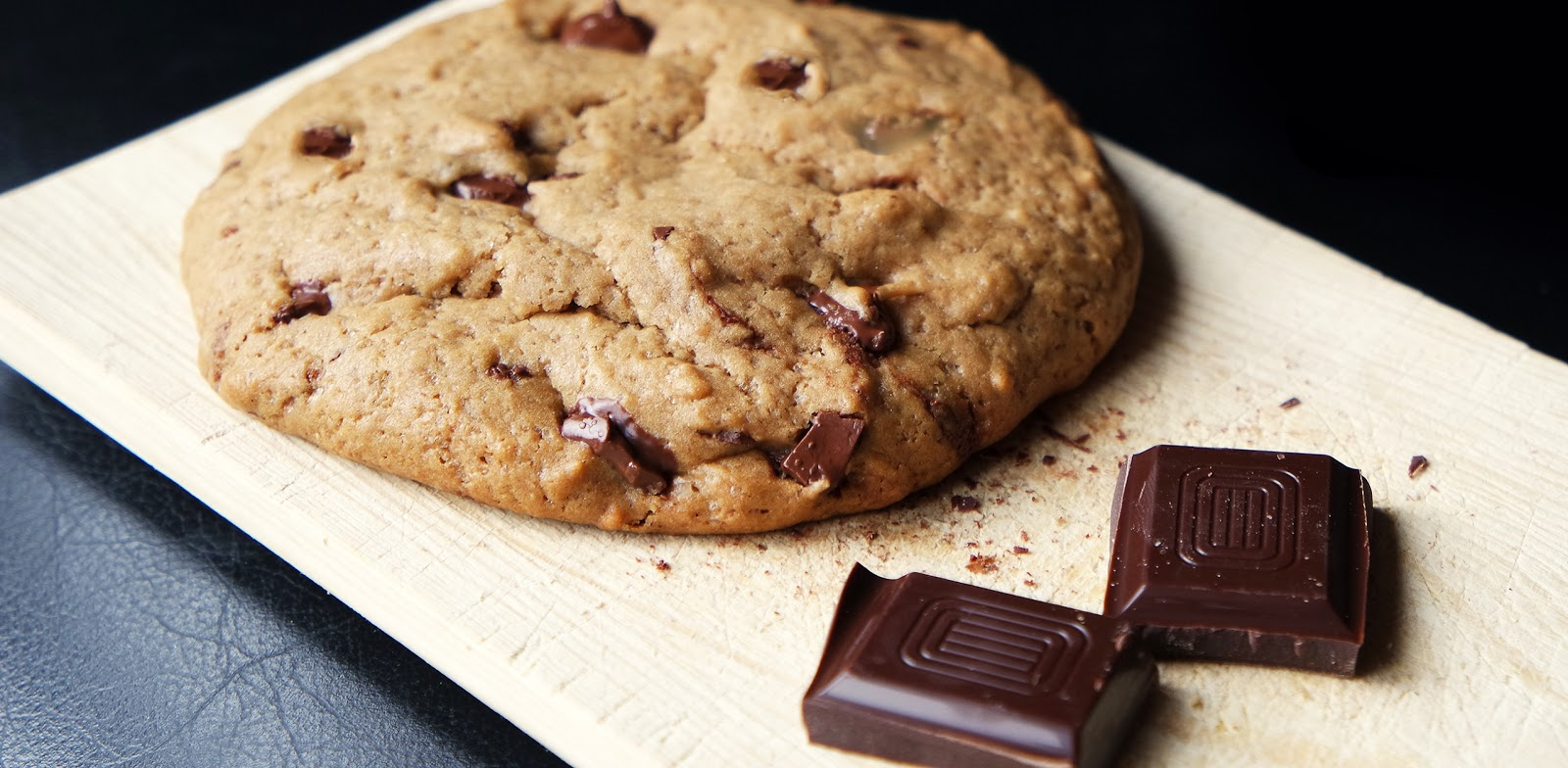 Kitchen Elf: XXL Chocolate chip cookie (single serving)