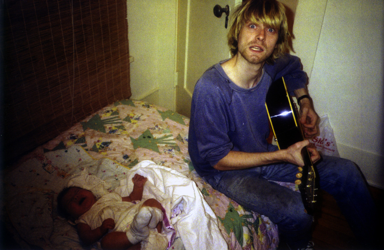 40+ Rare Photos Of Kurt Cobain's Life - Art-Sheep