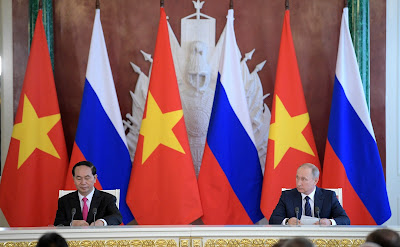 Vladimir Putin, Than Dai Quang