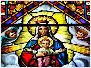 Nossa Senhora e O Menino - Vitral da Igreja Santo Antônio, Porto Alegre