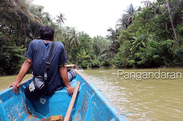 http://cherryvegzombie.blogspot.fr/2014/11/pangandaran-en-indonesie-sur-lile-de.html