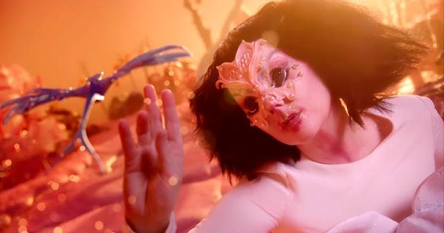 A la hora en la que el cielo y la tierra y el viento enmudecen, Björk, Monteverdi, Charly y Thundercat