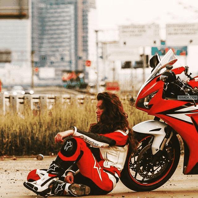 39  Foto Hot Cewek Naik Motor Ninja 250 Dan Harley Davidson Untuk Wallpaper Android