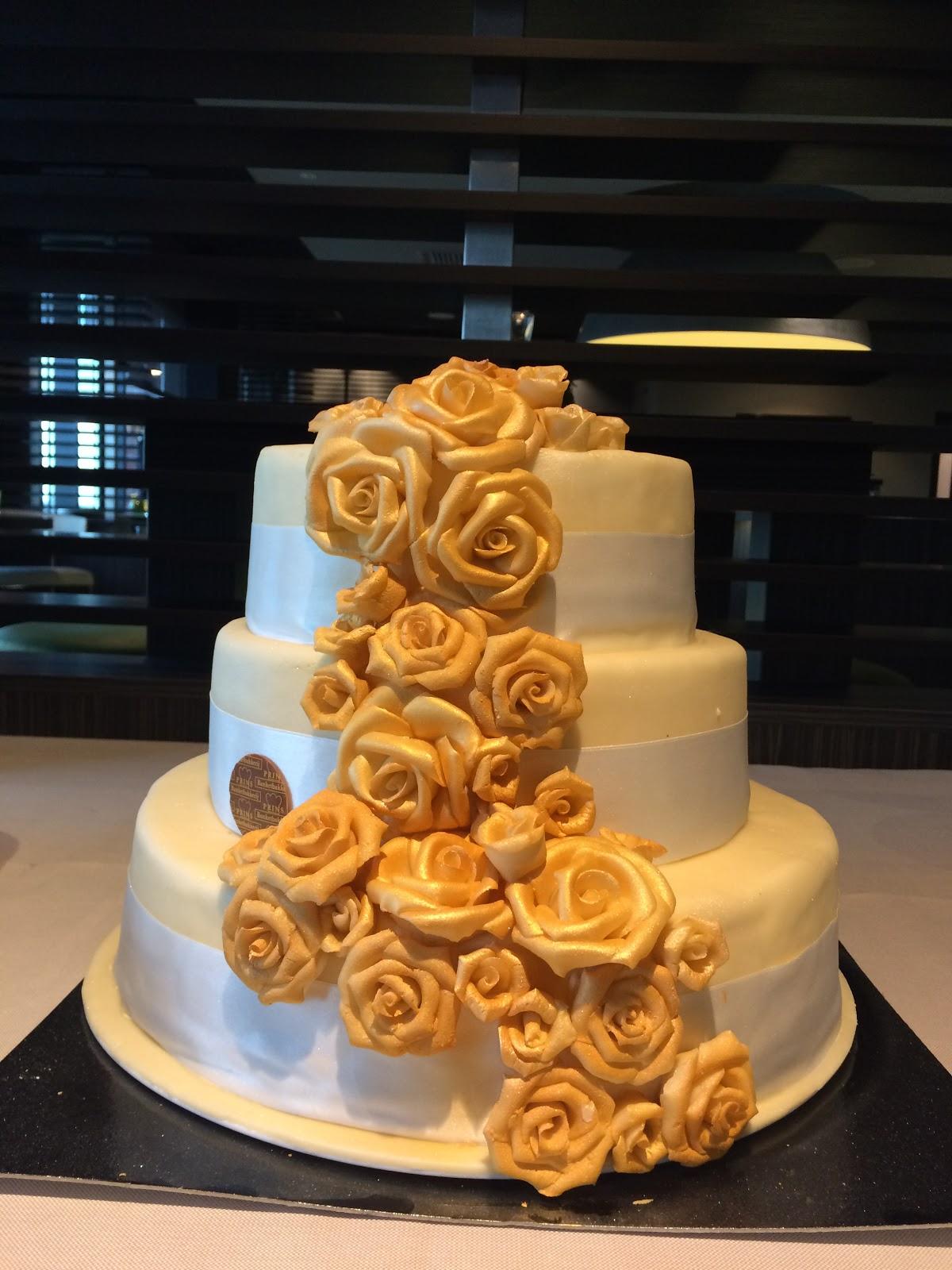 Bruidstaart Van Toiletpapier.Eenvoudig Leven De Bruiloft